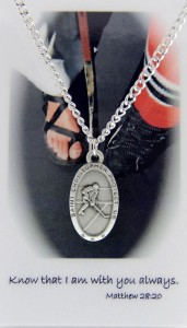 Boys St. Christopher Ice Hockey Medal and Prayer Card Set [MPC0030]